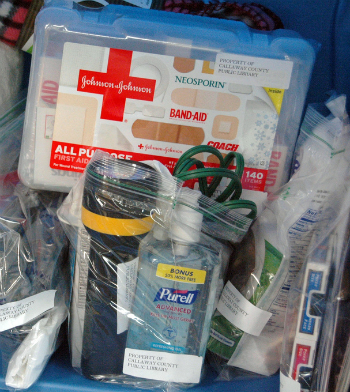 3school emergency kit checklist