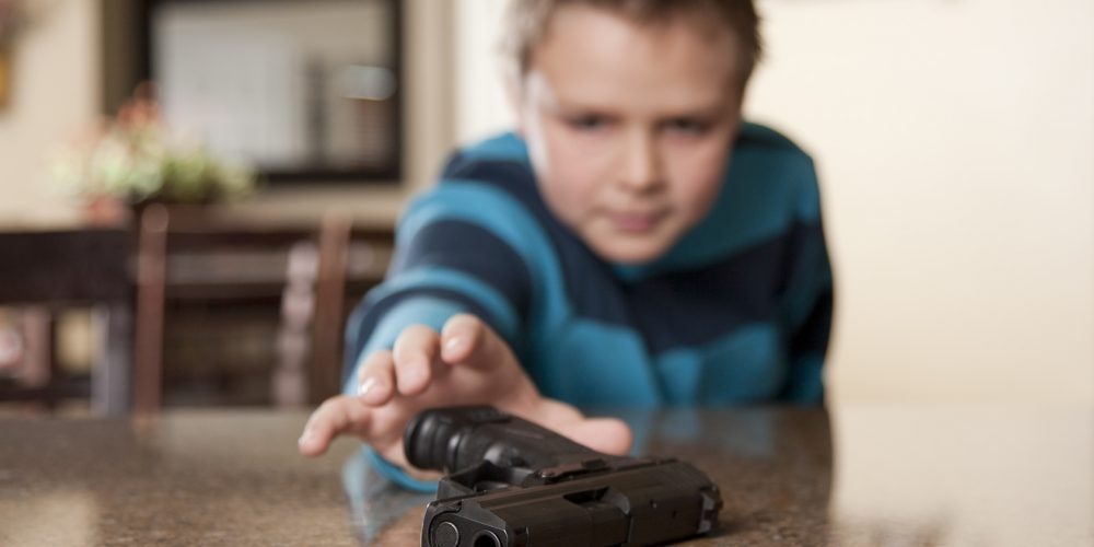 Study Links Youth Suicide and Gun Owning Households