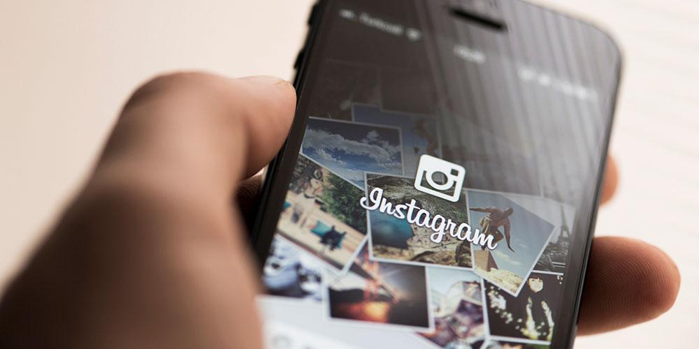 Instagram Bans Self-Harm Images After Teen's Suicide