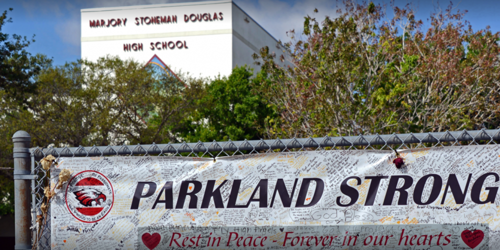 Scot Peterson Charged with Perjury, Neglect During Parkland Shooting