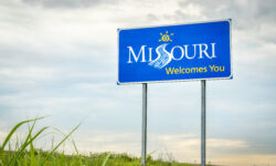 Missouri Governor Wants to Prosecute Journalist Who Found School Employee Database Vulnerability